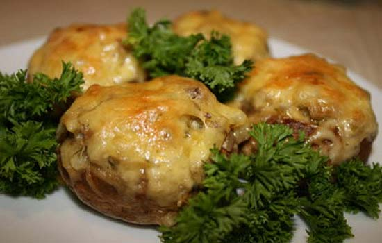 Печеночные оладьи под сыром