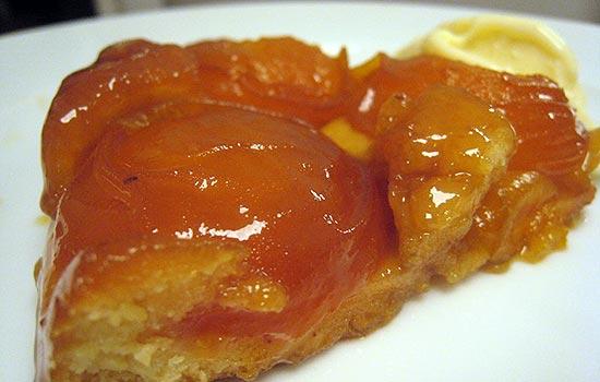 Пирог — перевертыш с абрикосами (Татен)