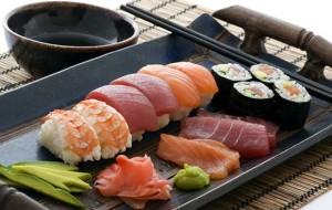 Готовим суши. Роллы с семгой