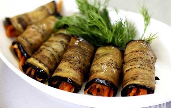 Рулеты из баклажанов под ореховым соусом