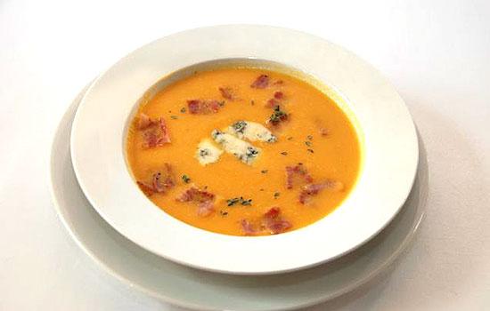 Сырный суп с вермишелью и колбасой
