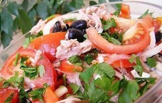 Салат с консервированными сардинами