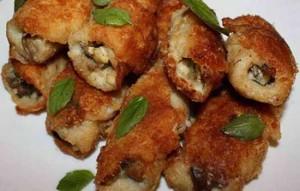 Рулетики рыбные с грибной начинкой
