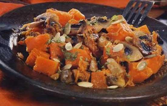 Овощное рагу с тыквой и грибами