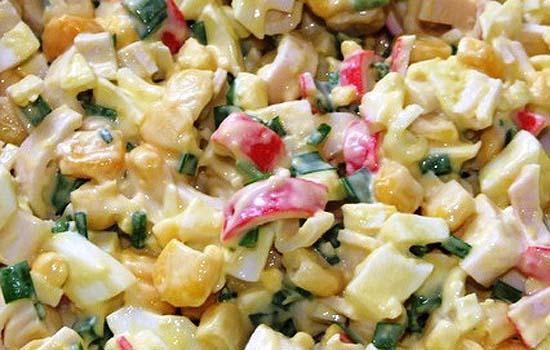 Салат с сельдью и крабовыми палочками