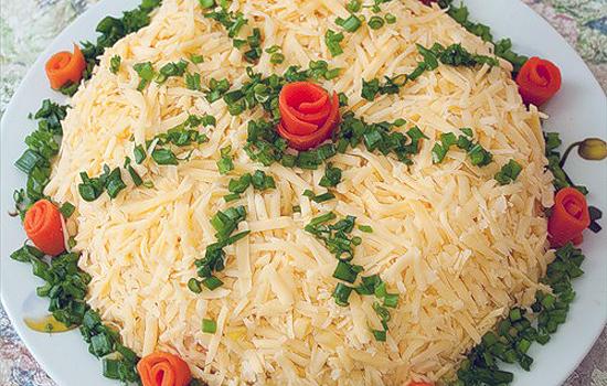 Салат банкетный со свининой и корейской морковью