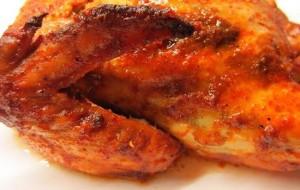 Курица, фаршированная рисом, курагой и абрикосами