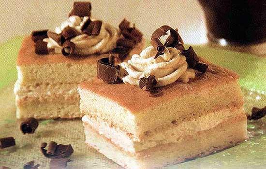Пирожные со сметанным кремом
