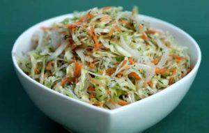 Салат с корейской морковью и квашеной капустой