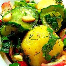 Салат из молодого картофеля с овощами